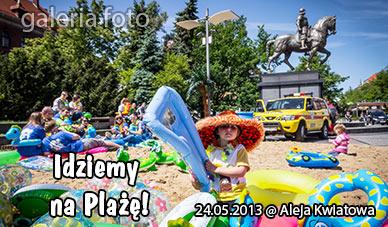 Szczecin. Fotoreportaż. JUWENALIA 2013. 24.05.2013. Idziemy na plażę @ Pl. Lotników